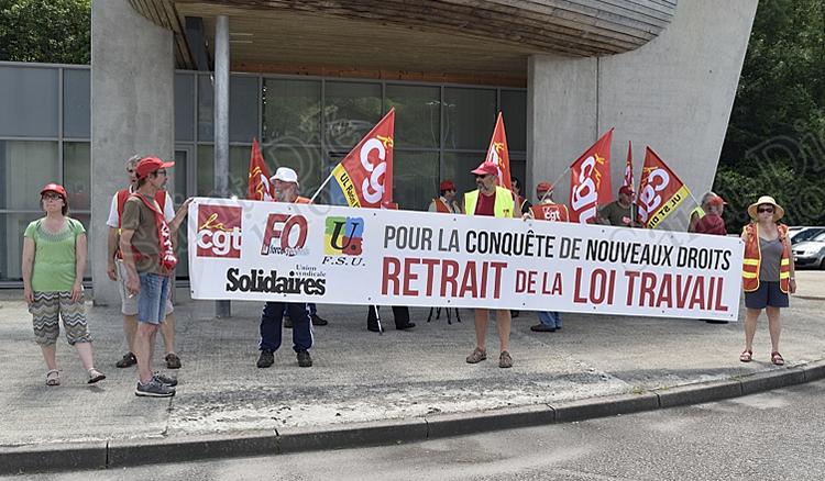 Mobilisation_Syndicale_Tunnel_Maurice-Lemaire_01