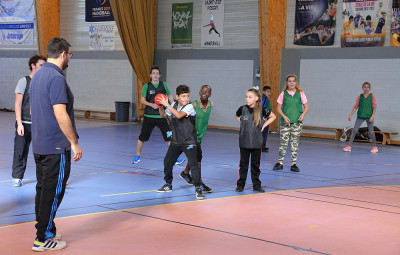 Hand-ball_Jeunes_Centres_Sociaux_01
