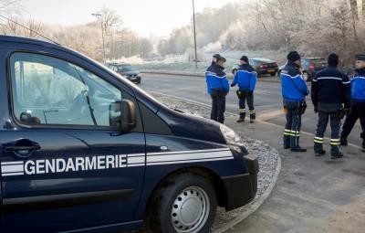 Gendarmes_01