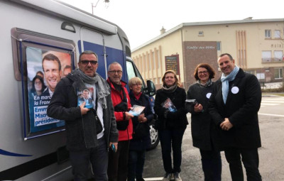 En_Marche_Macron_Bus_01