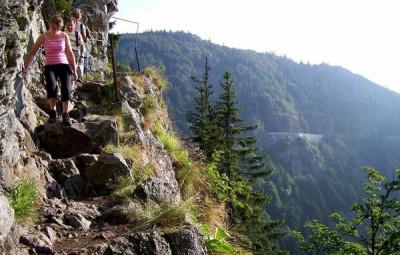 sentier-des-roches1
