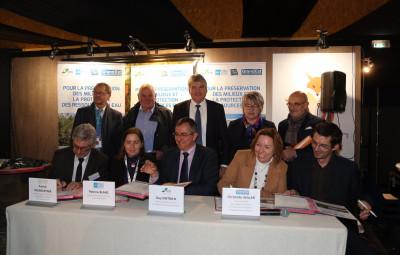 Signature-accord-cadre-agence-de-leau-Montier-en-Der-c-Pascal-Bodez-Région-Grand-Est-2