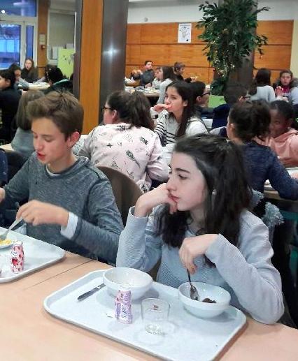 Petit_Déjeuner_Collège_Souhait (2)