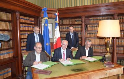 Signature_Parcours_Emploi_Compétences (2)