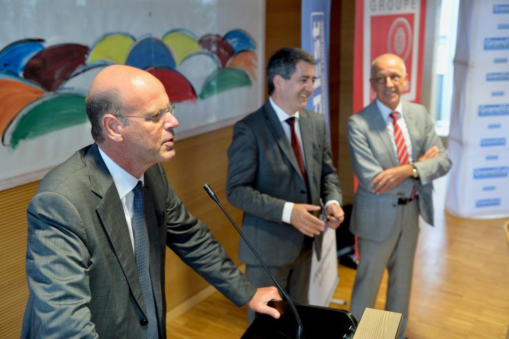 Signature-du-protocole-daccord-entre-la-Région-Grand-Est-et-la-Caisse-d
