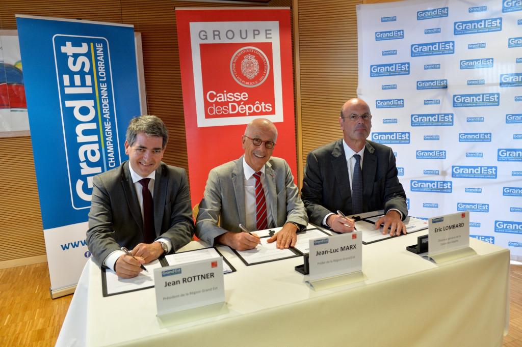 Signature-du-protocole-daccord-entre-la-Région-et-la-Caisse-des-Dépôts