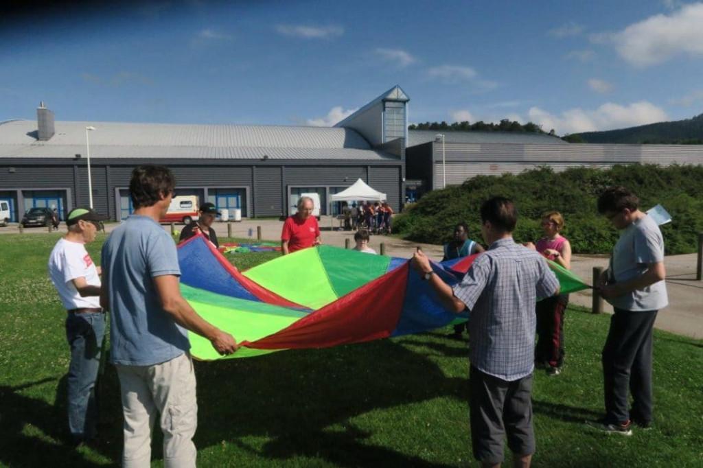 adapei-parachute-img_4043
