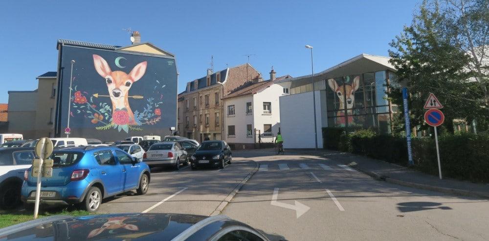 la-fresque-de-vera-primavera-place-catherinne-de-bar-et-maison-du-xxe-siecle-img_7798