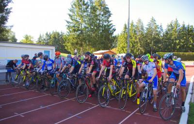 Au-total-ils-étaient-quelques-140-coureurs-au-départ-de-cette-3e-édition-vittelloise-de-cyclo-cross-régional.