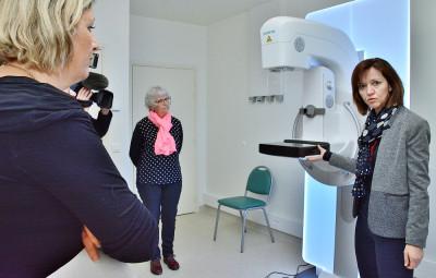 Mammographe_Centre_Hospitalier_Saint-Charles (1)