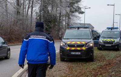 gendarmes-controle-4