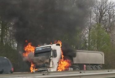 incendie-camion