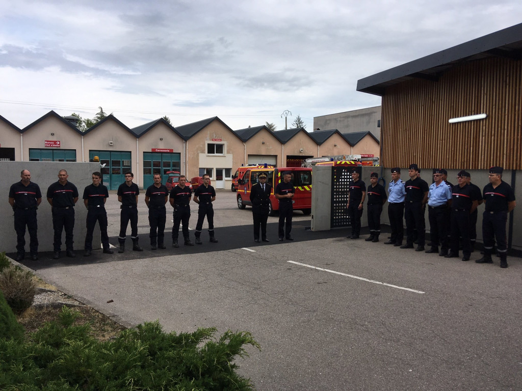 minute-silence-pompiers2
