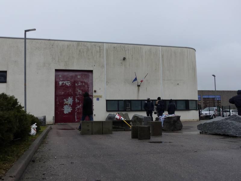 maison-arrêt-epinal-surveillants-prison-4