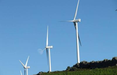 wind-turbine-957438_960_720