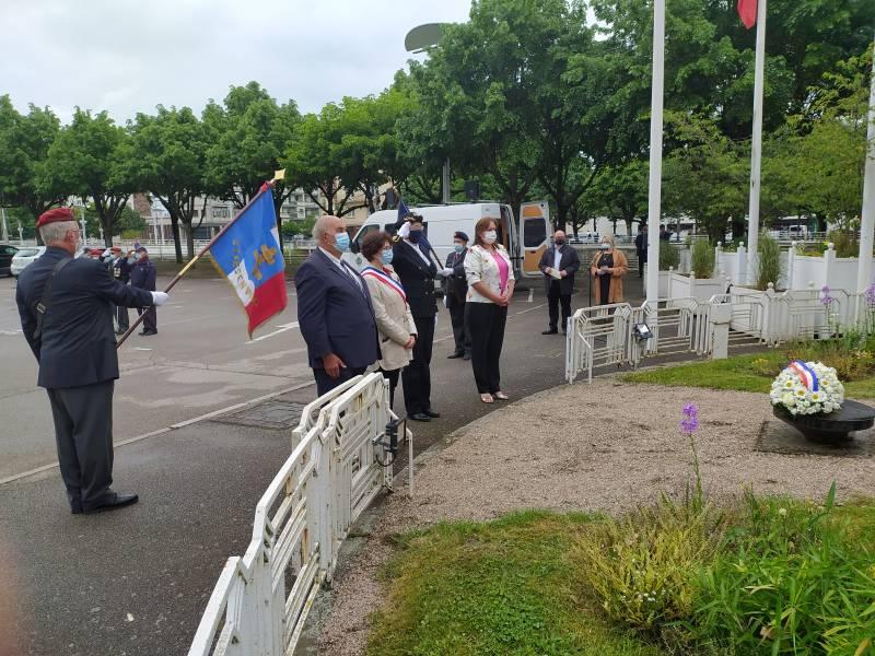 Cérémonie_Journée_Nationale_Hommage_Morts_France_Indochine (8)