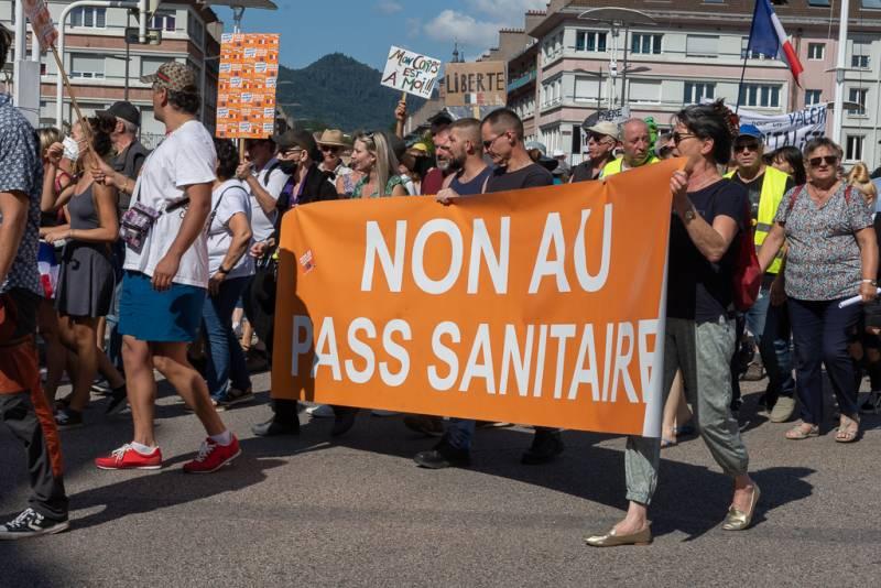 Manifestation_Anti_Pass_Sanitaire (4)